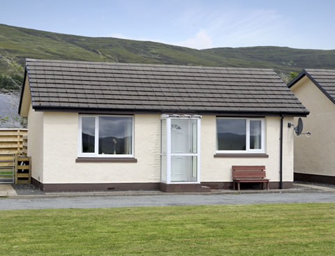 TO LET chalets at Borve